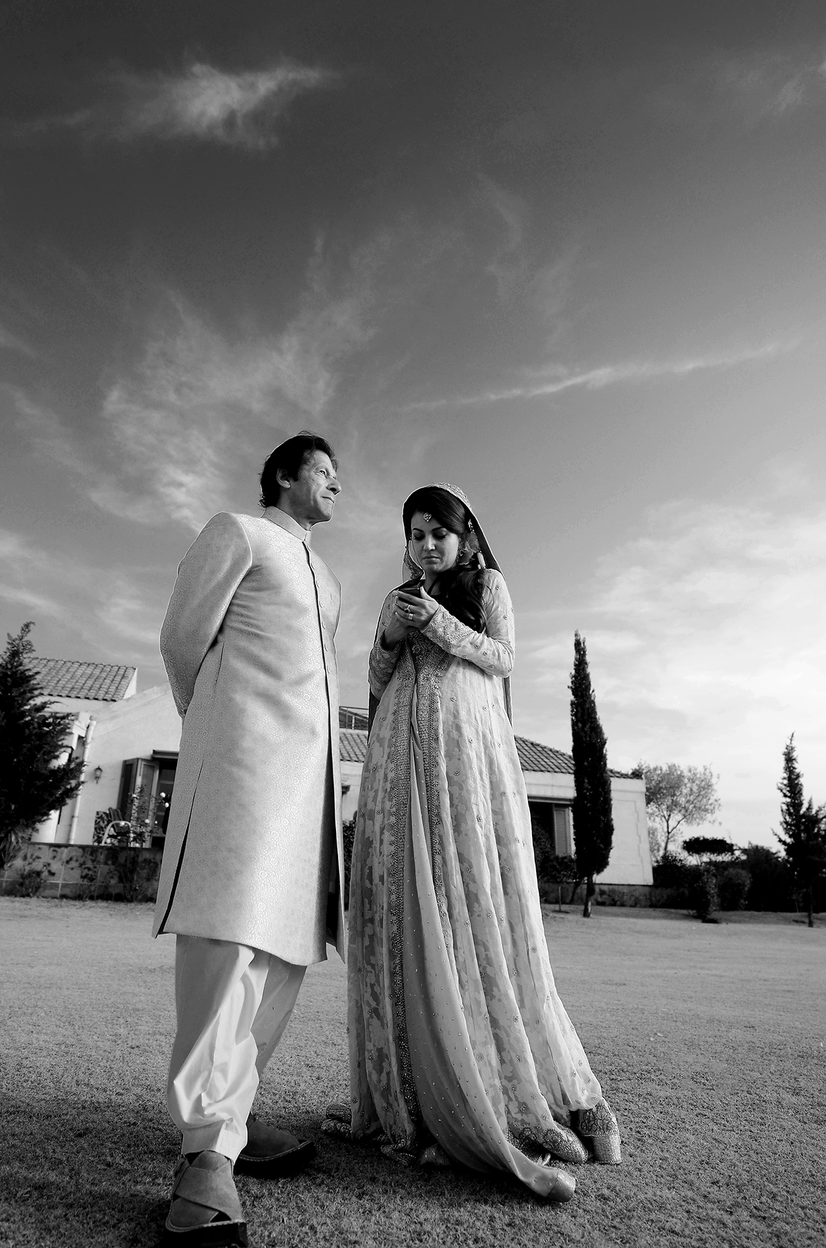 The newly wed at their photo shoot. — Photo by Belal Khan