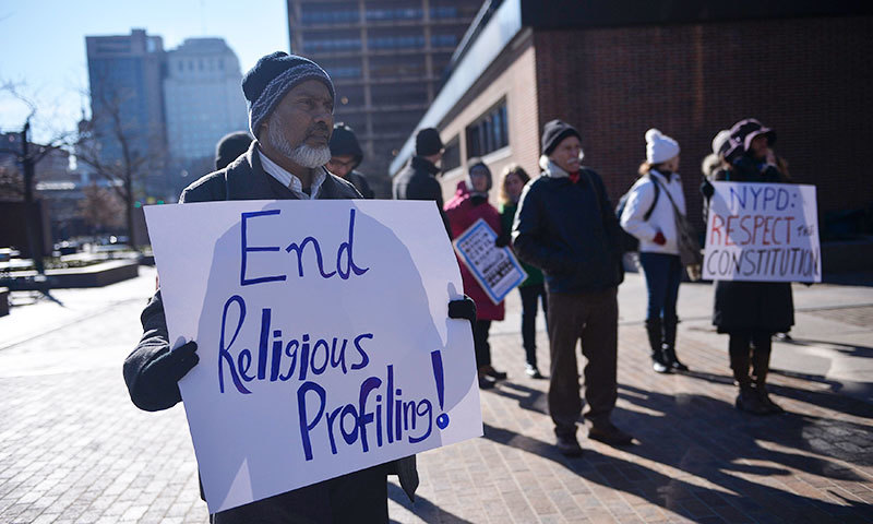 People participate in a rally for the rights of Muslims outside of the James A. Byrne Federal Courthouse in Philadelphia, January 13, 2015. - Reuters