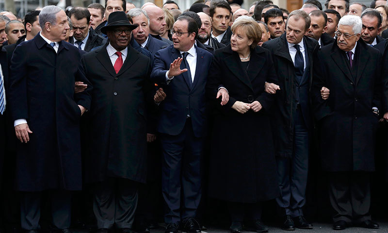 French President Francois Hollande, Israel's Prime Minister Benjamin Netanyahu, Mali's President Ibrahim Boubacar Keita, Germany's Chancellor Angela Merkel, European Council President Donald Tusk and Palestinian President Mahmoud Abbas as they attend the solidarity march in Paris. —AFP/File