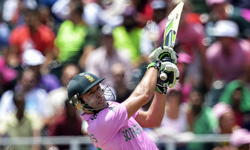 AB de Villiers smashes one of his 16 sixes. — AFP