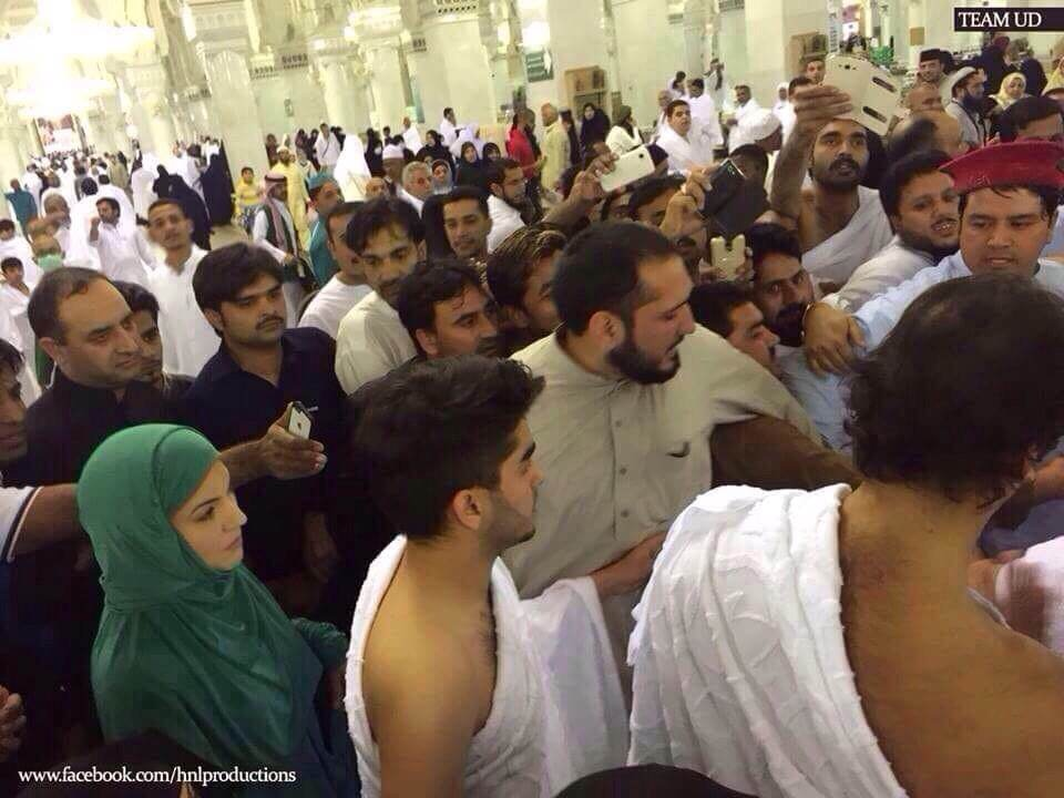 Imran and Reham Khan during Umrah - PTI social media