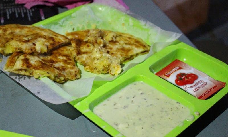 Aaloo Cheese Paratha.