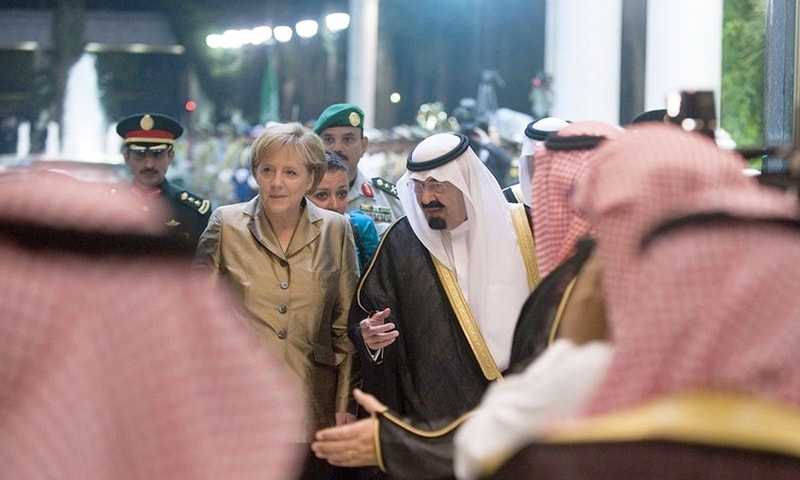 King Abdullah welcomed German Chancellor Angela Merkel on May 25, 2010 at the Royal Palace in Jeddah - AFP/File