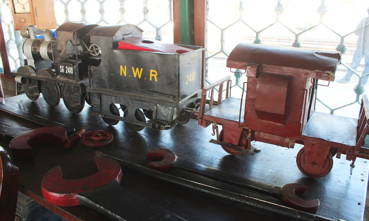 A model of a broad-gauge steam engine is displayed in the museum. The original broad-gauge steam engine is also parked at the platform of Golra Sharif Railway Station for the visitors.