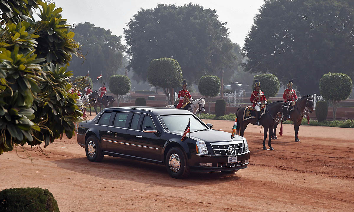 US President Barack Obama arrives in his car to attend the ceremonial reception at the forecourt of India's presidential palace Rashtrapati Bhavan in New Delhi January 25, 2015.— Reuters