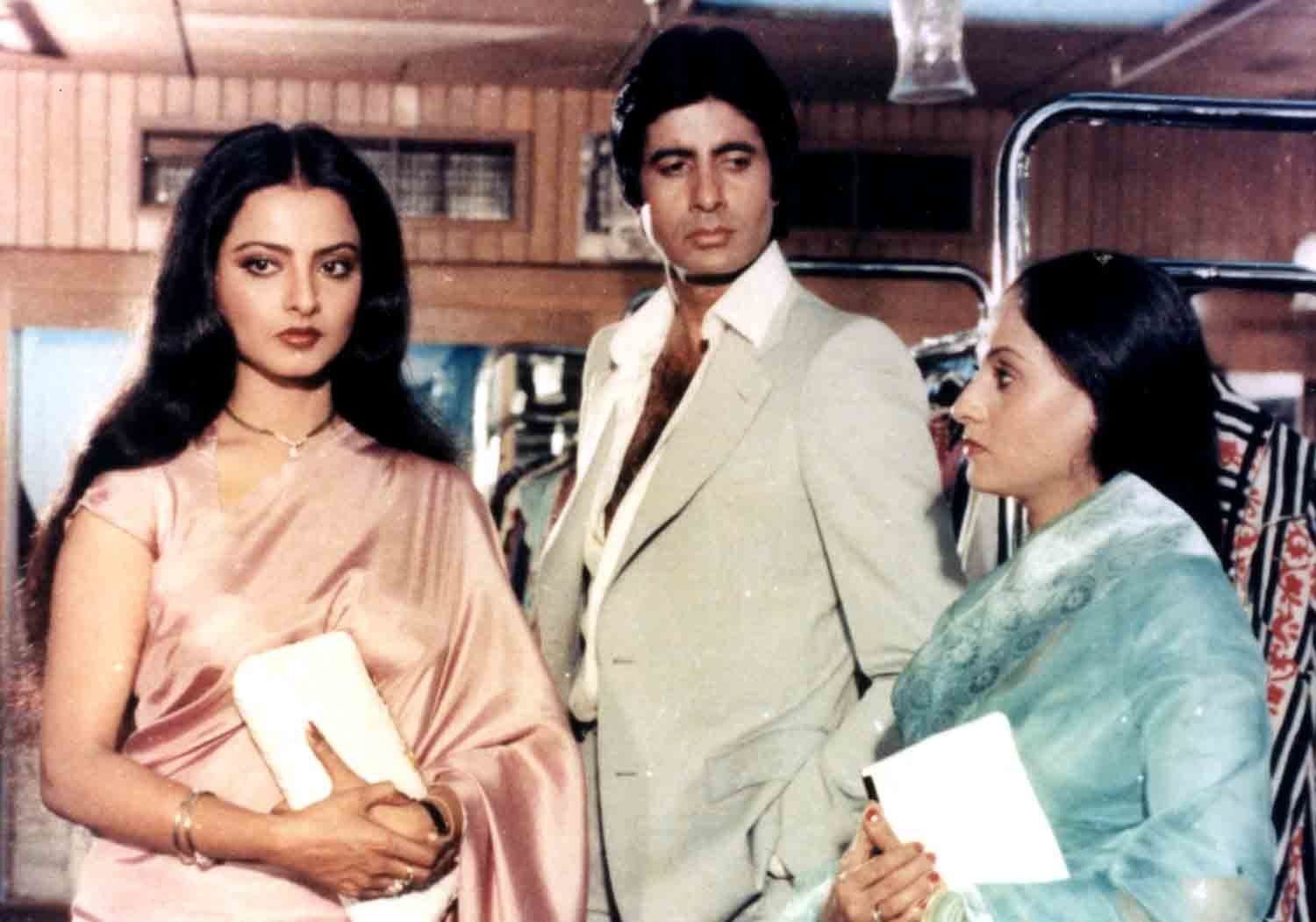 Showcasing a love triangle boldly, Silsila was a movie ahead of its time. - Photo courtesy: rajasen.com
