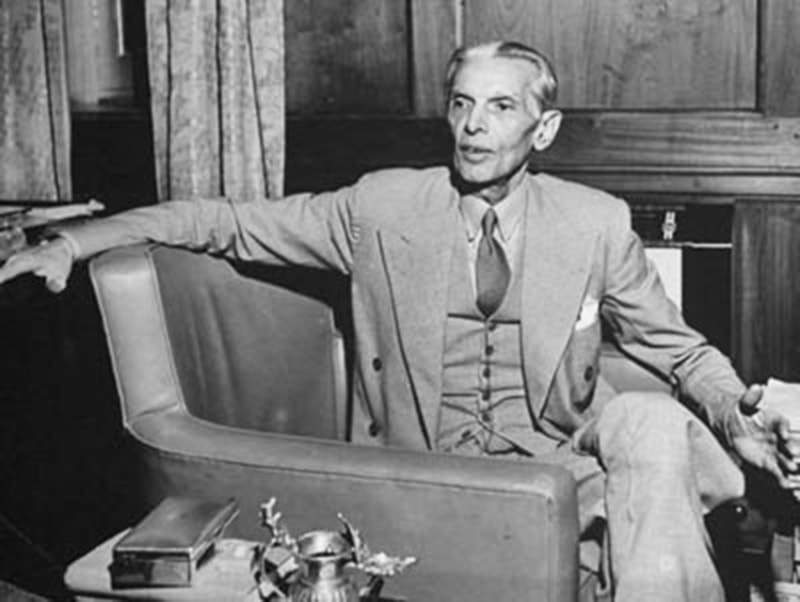 Jinnah talking to members of the foreign press soon after the creation of Pakistan in 1947.