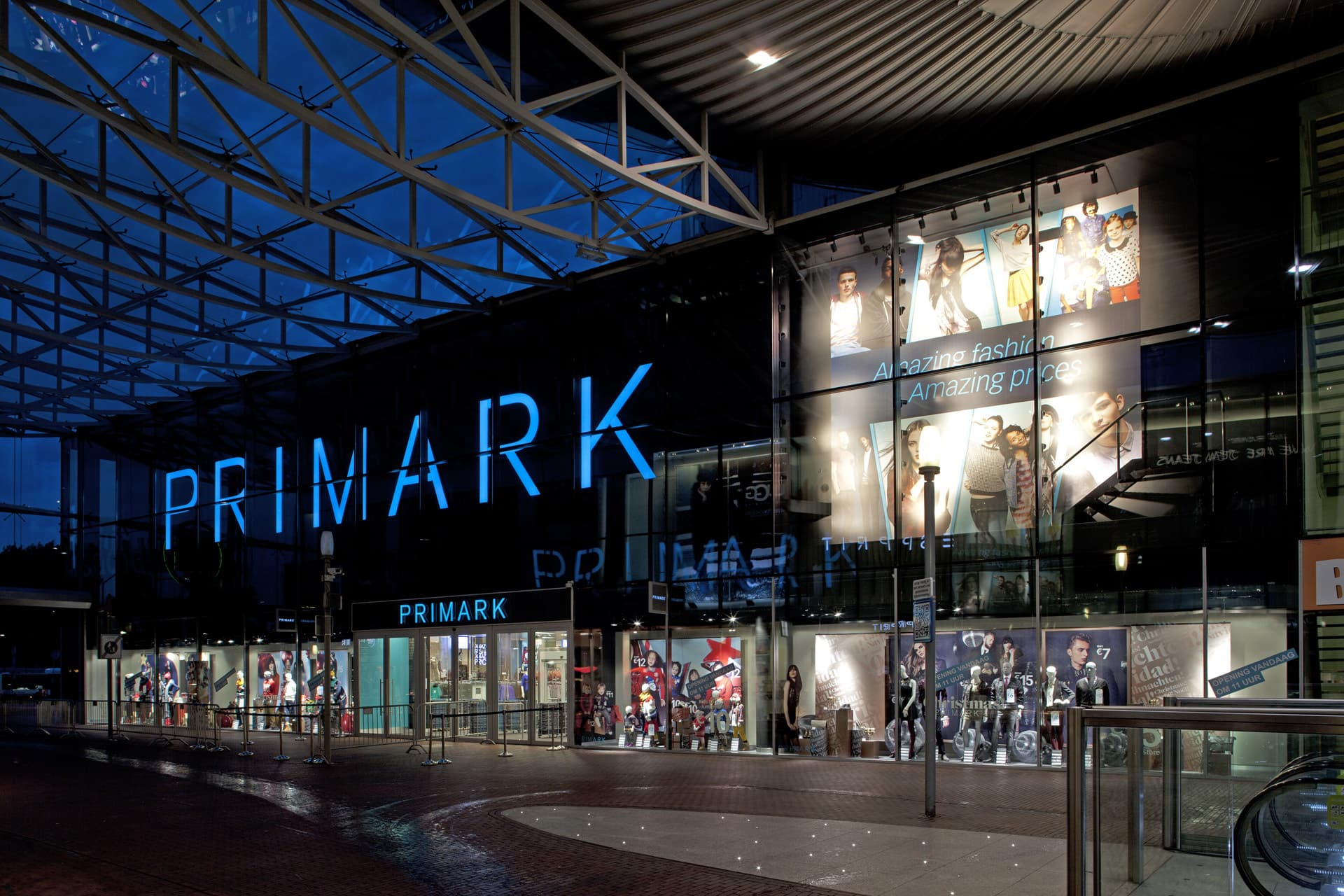 With items as cheap as £5, Primark makes affordable yet contemporary clothing. - Photo courtesy: primark.com