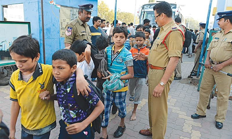 DGP Ashish Bhatia orders a 15-day drive by Gujarat Police to find out missing children