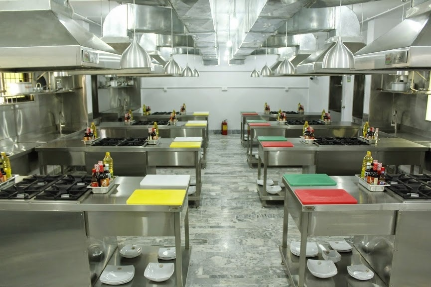 The kitchen with workstations at NICAHM.