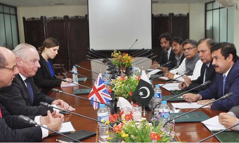 British Minister for Cabinet of Office Paymaster General Called on the Federal Minister for Textile Industry Abbas Khan Afridi. — INP