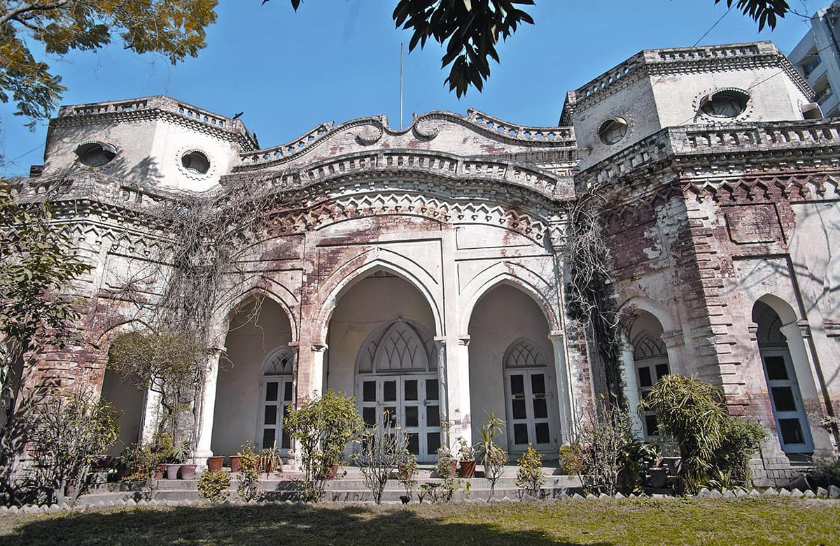 The façade of Poonch House on Adamjee Road, Rawalpindi. Once this mansion was a rest house for Kashmir's Maharaja; today it presents a picture of neglect.  — Photos by Tanveer Shahzad