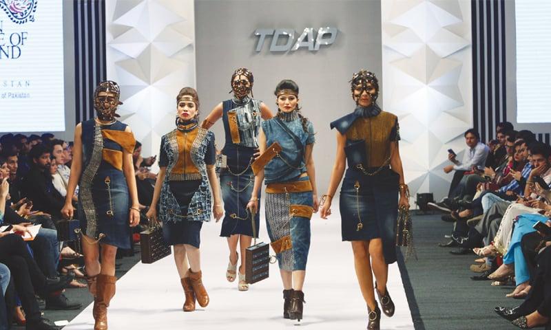 Designers Focus On Creativity As Tdap Fashion Show Ends Newspaper Dawn Com