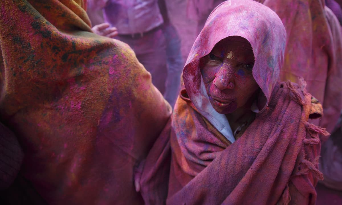 Breaking taboos: First Holi ever for Indian widows - World