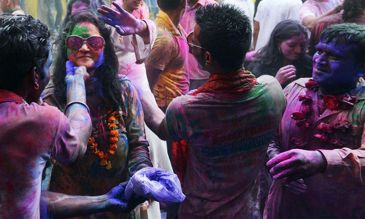 In Karachi, a human shield for Hindus celebrating Holi