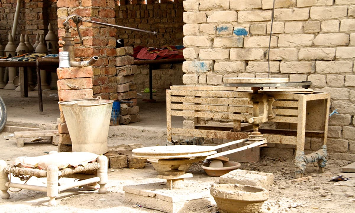 The pottery industry in Hala.