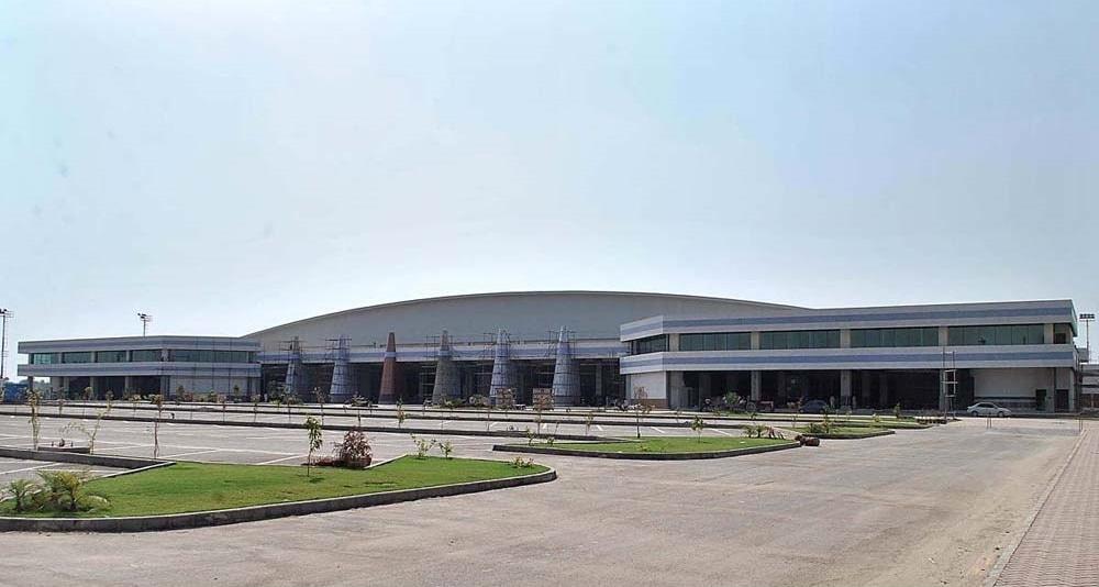 The construction cost of the new terminal has been reported to be Rs9 billion. -APP