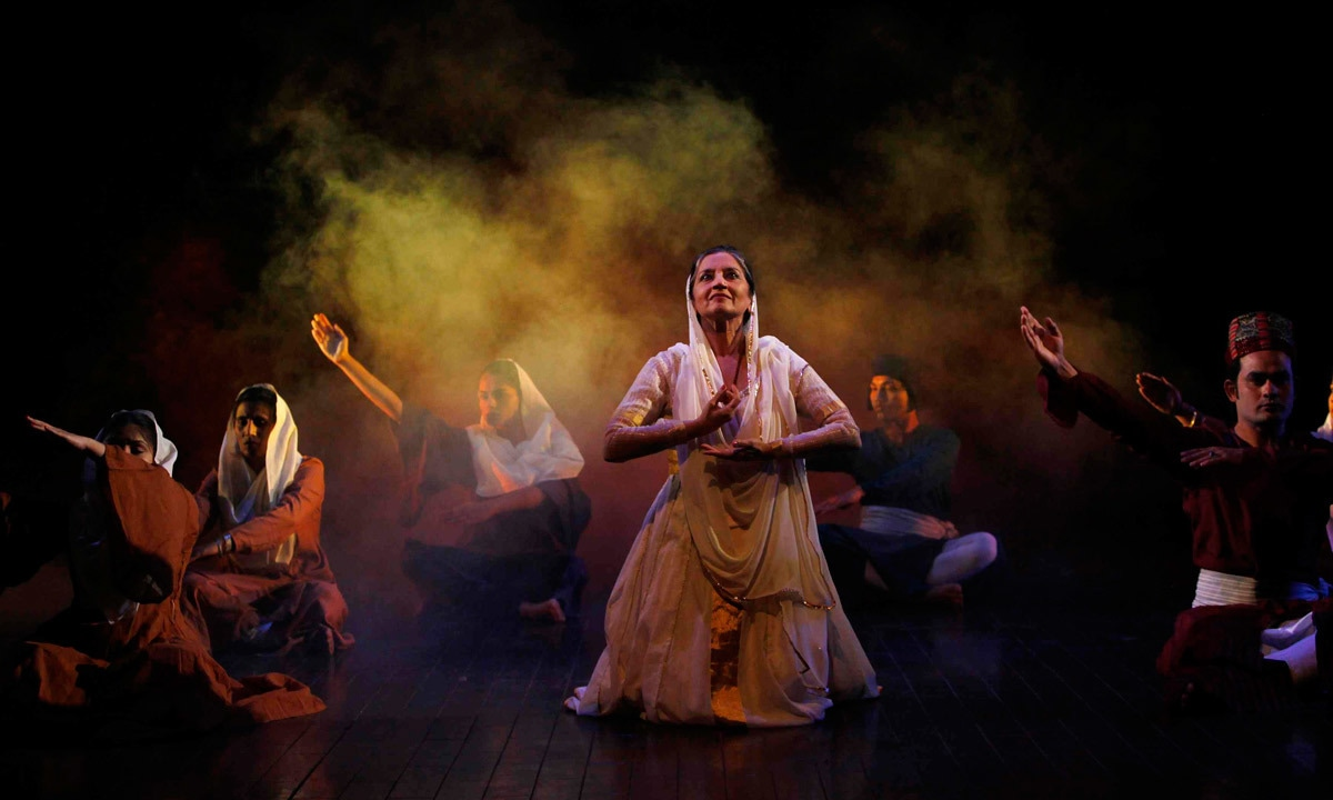 Sheema Kirmani and her troupe perform during the festival of theater, dance and music, organised by Tehrik-e-Niswan. – Reuters