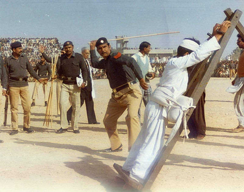 A foolish opponent of Zia getting some sense knocked into him.
