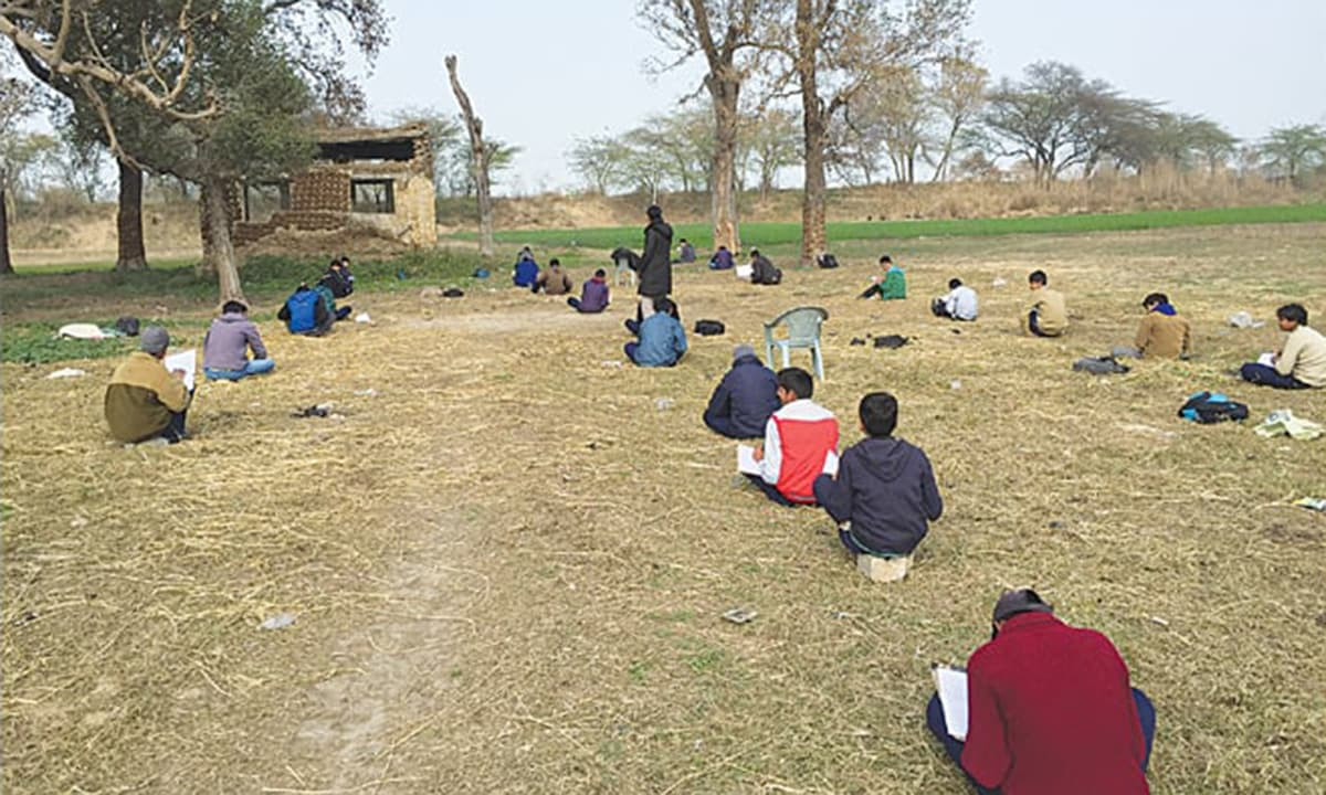 Studying in the line of fire—at Indo-Pak border in Punjab, near Harpal, Sialkot.