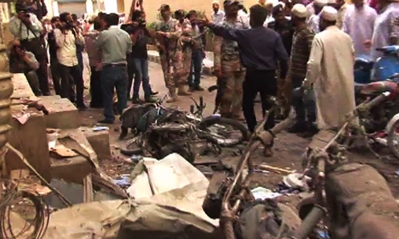 Blast took place outside the Saleh Mosque near Pakistan Chowk; injured rushed to private hospital - DawnNews screengrab