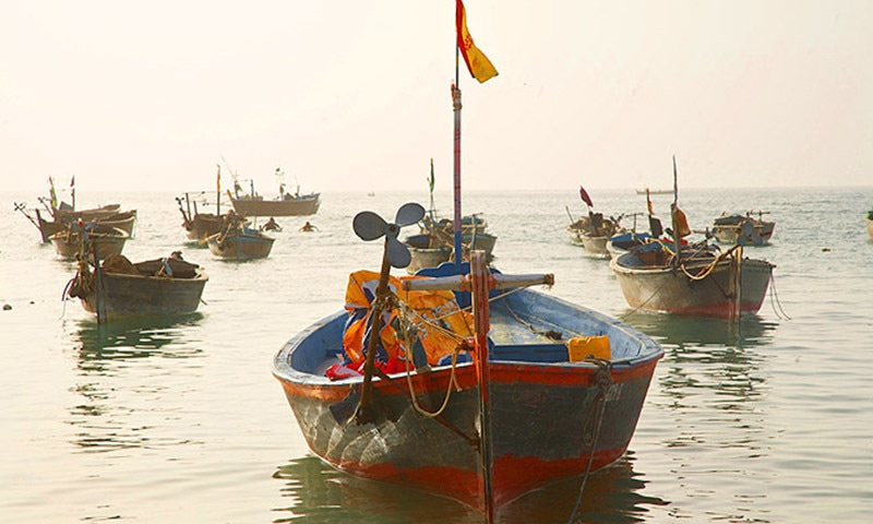 The boats were towed to the two countries' maritime border before being taken over by Indian authorities. —Dawn/File