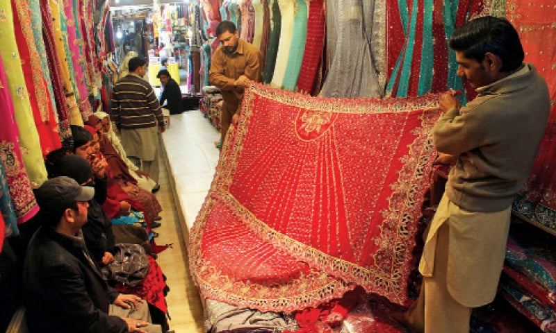 Bridal Mehndi Rates In Karachi : The business of holy matrimony pakistan dawn
