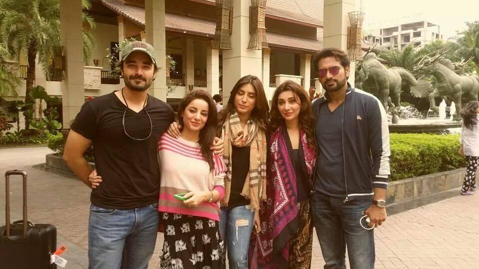 The ensemble cast of Jawani Phir Nahi Aani. —Photo courtesy: Showbiz Pak