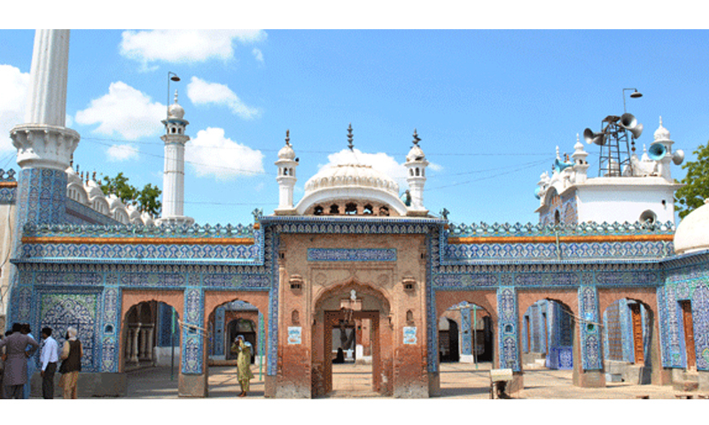 Bharchundi Sharif, a Muslim shrine near Daharki under the patronage of Mian Mithu | Salman Haqqi