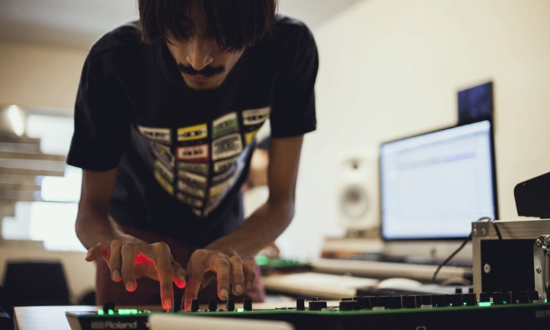 Talha Asim Wynne of Tollcrane tries to craft his own unique style of electronic music. —Red Bull Content Pool.