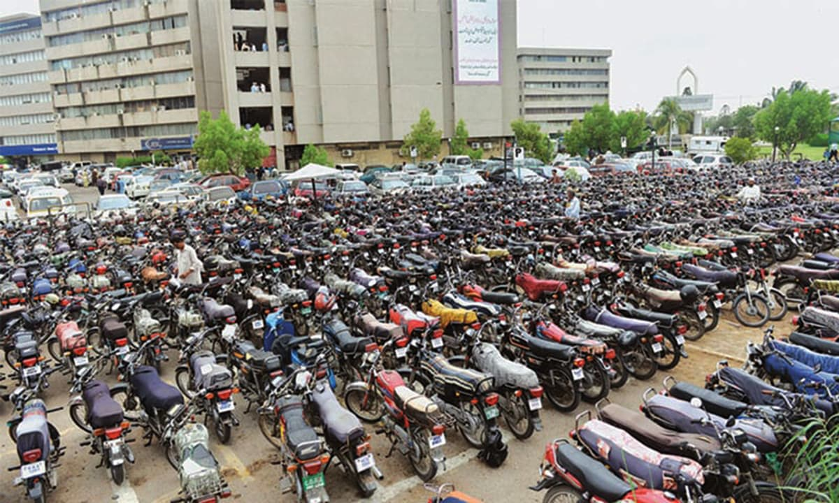 The number of motorycles in Karachi far exceed the number of cars.