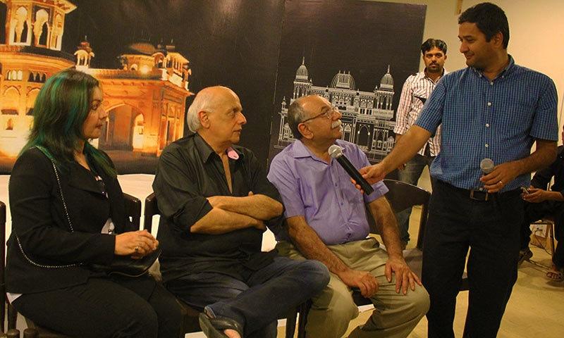 (L-R): Pooja Bhatt, Mahesh Bhatt, Arshad Mehmood and Zain Ahmed.— Photo by Zoya Anwer
