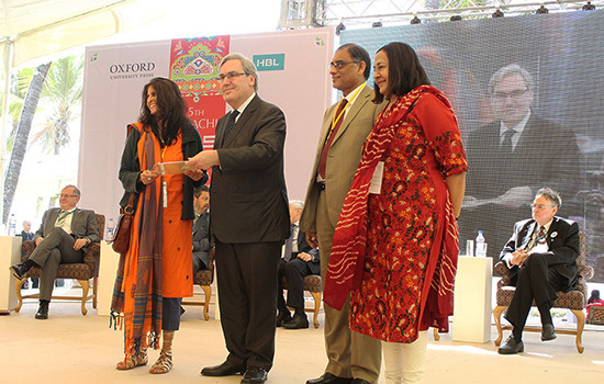 Uzma Aslam Khan receiving prize for best fiction from Ambassador Dr Micheal Koch, and co-founders of KLF Dr Asif Farrukhi and Ameena Saiyid – Muhammad Umar