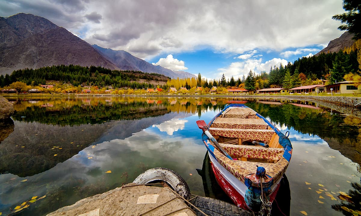 سفرنامہ اسکردو: دیومالائی حسن کی سرزمین - Pakistan - Dawn News