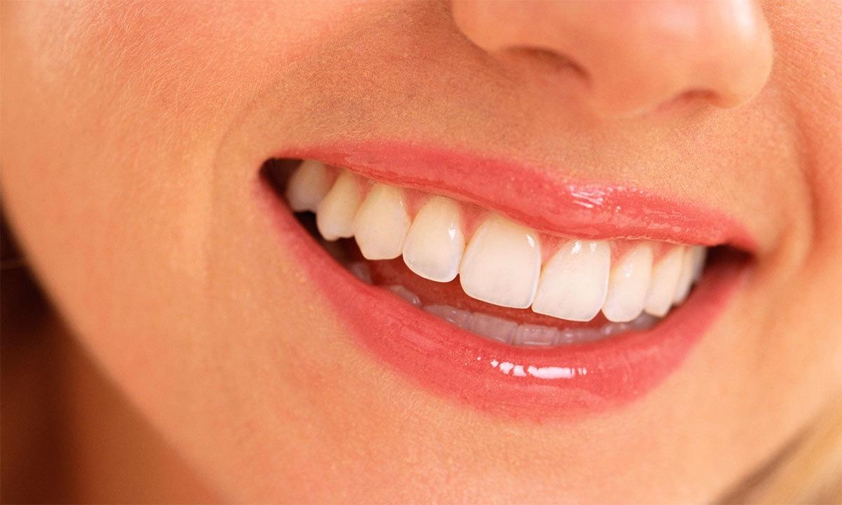 دانتوں کے لیے تباہ کن 10 عادات