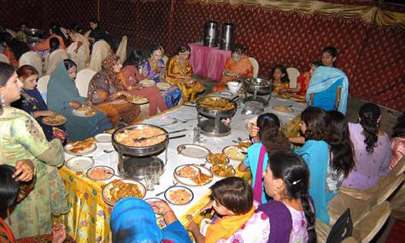 The Supreme Court's January 15 decision to allow only one dish at a wedding and ban unnecessary decoration will now be implemented in the capital as well. — AP/file