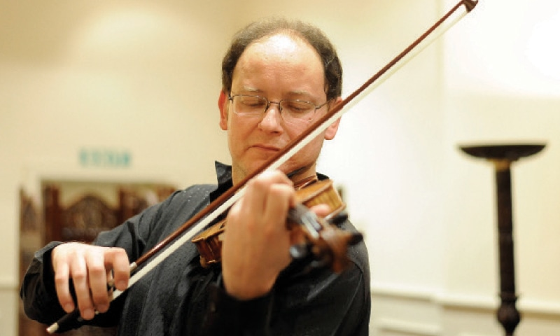 French violinist brings classical compositions to capital