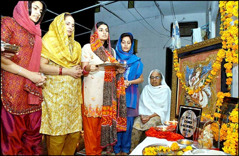 Pakistani Hindus at a Hindu place of worship in Karachi.