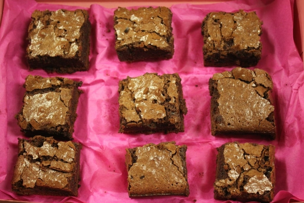 The fuchsia packaging made the brownies pop!