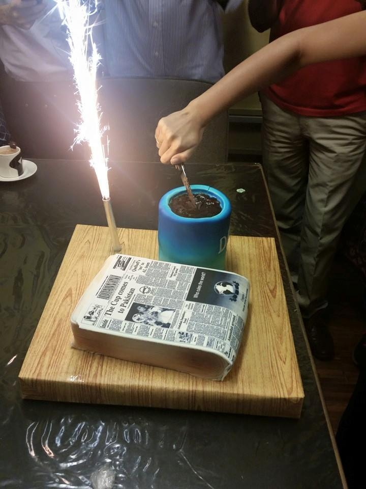The finesse with which the cake had been made had us all in awe