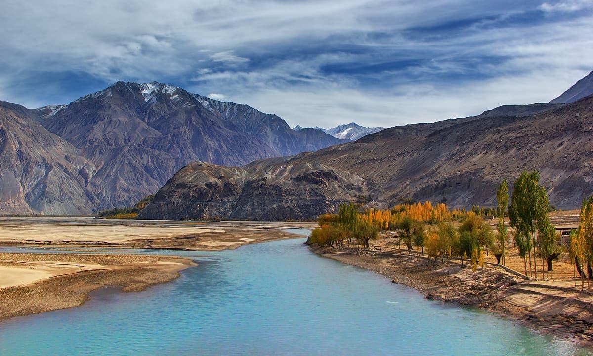 دریائے شیوک — فوٹو سید مہدی بخاری