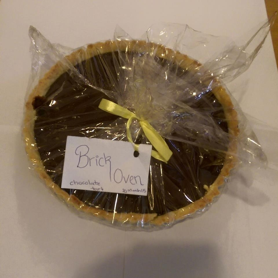 The tart arrived with a hand written note.