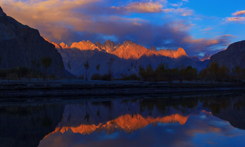 Sunset on Saltoro mountains. — S.M.Bukhari