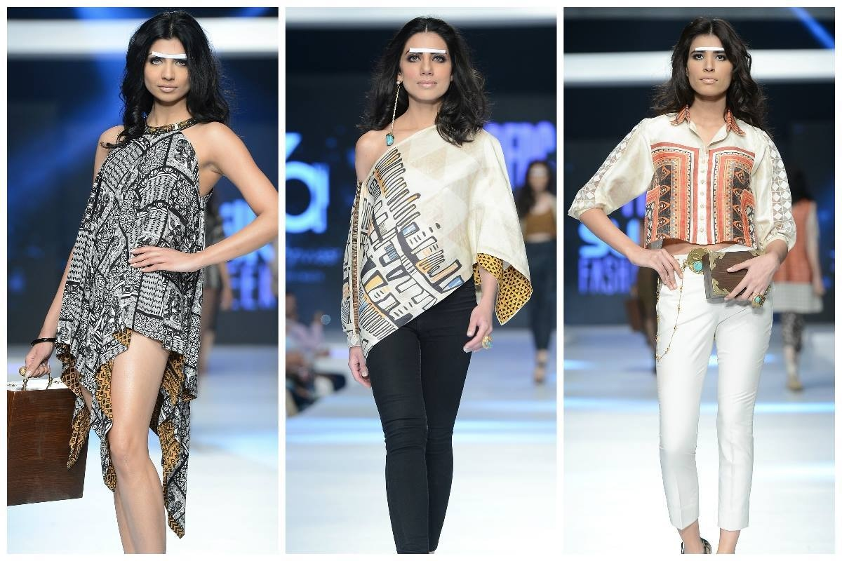 Zonia Anwaar does print. - Photo: Faisal Farooqui and his team at Dragonfly
