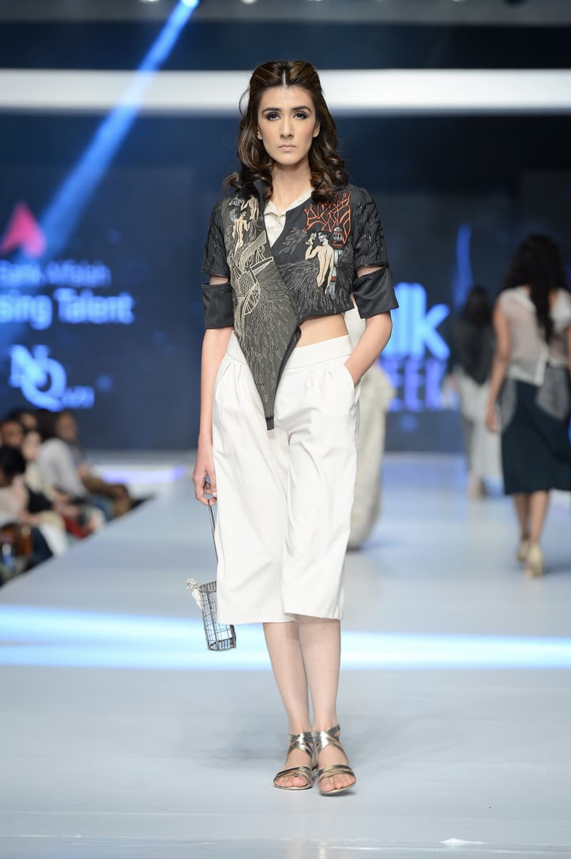 Design by Najia Qazi- Photo: Faisal Farooqui and his team at Dragonfly