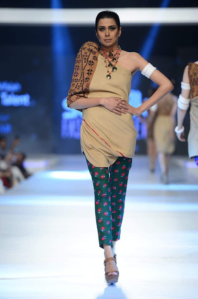 ASRAR's Cholistan-inspired collection.- Photo: Faisal Farooqui and his team at Dragonfly