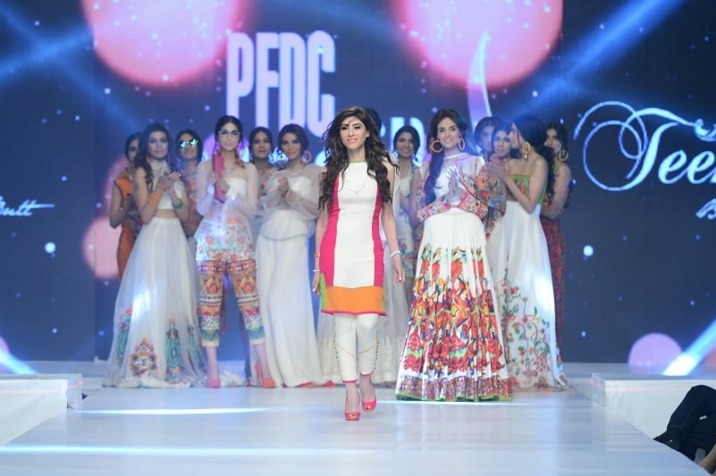 Hina Butt presents her collection. - Photo: Faisal Farooqui and his team at Dragonfly