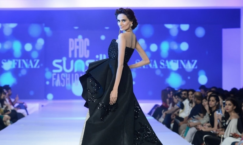 Mehreen Syed in a Sana Safinaz gown.  — Photo:  Faisal Farooqui and his team at Dragonfly