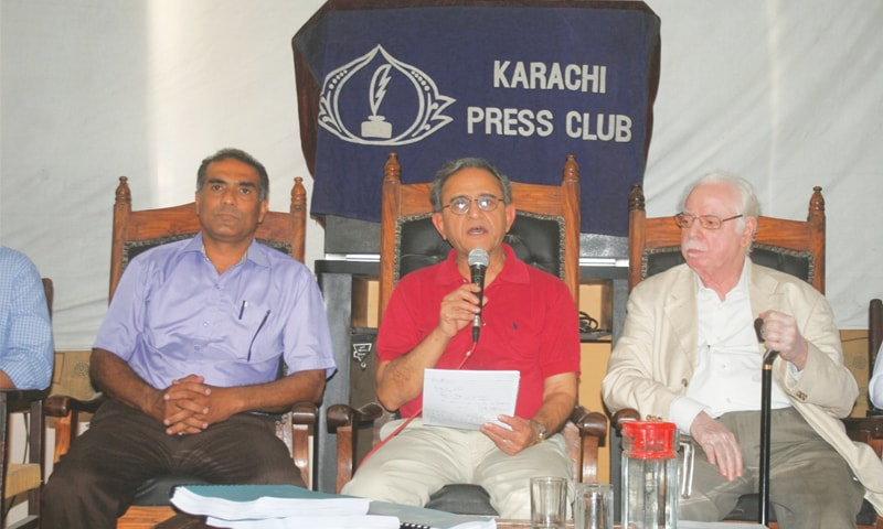 Physicist Dr Abdul Hameed Nayyar speaks at a press conference at the Karachi Press Club on Thursday.—White Star
