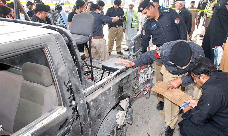 TTP claims IED attack on police van in Peshawar